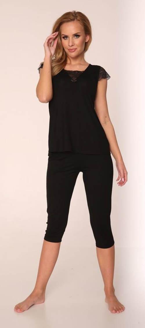 Czarna piżama capri z koronką na rękawach