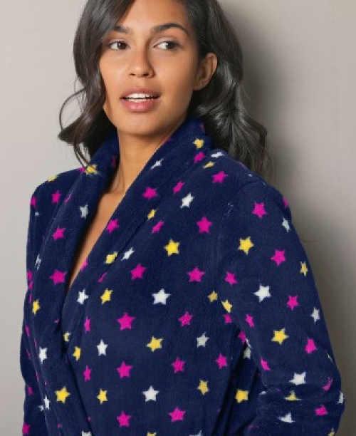 Niebieski szlafrok damski w kolorowe gwiazdki